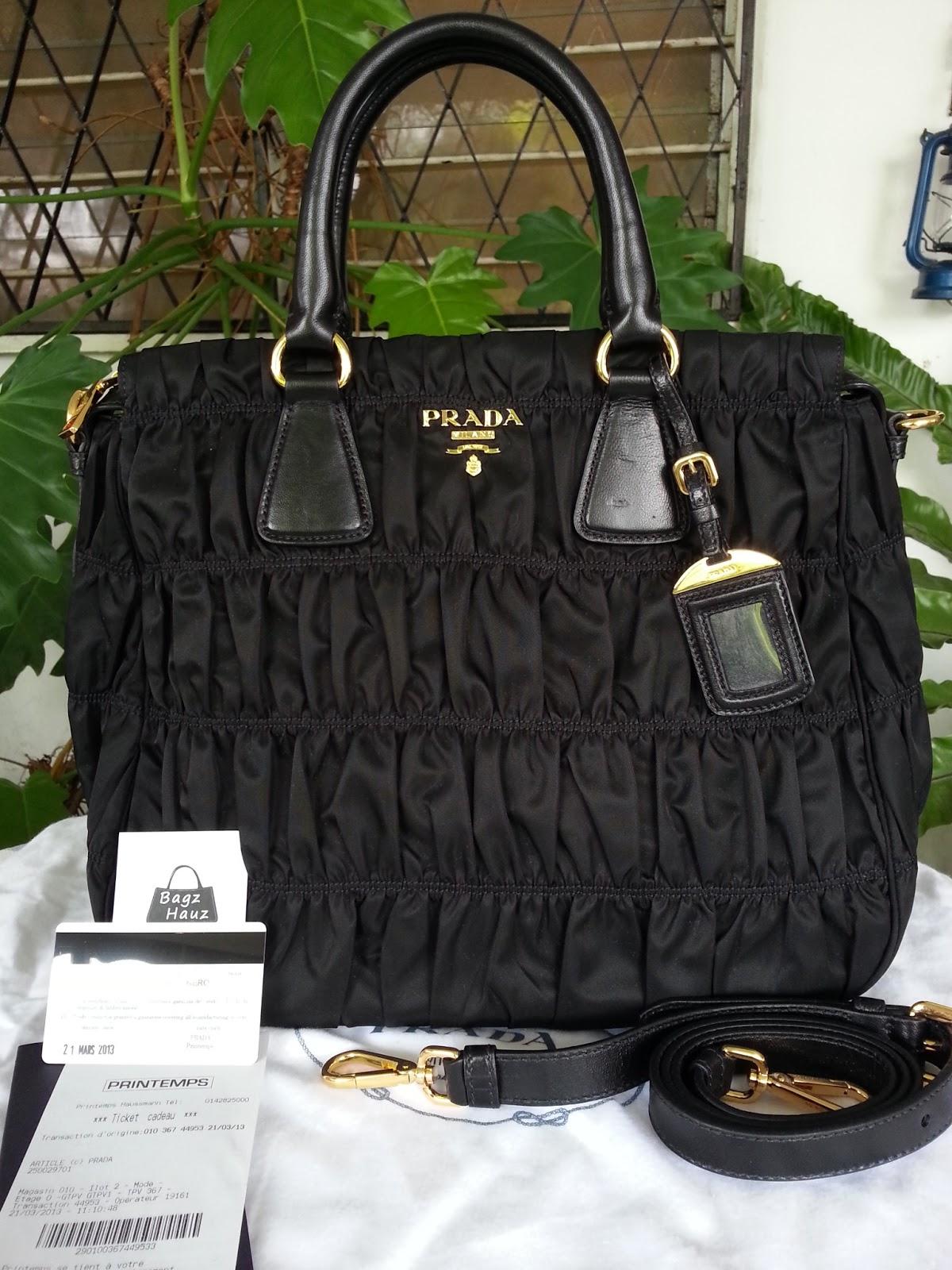 f8392670098e Bagz Hauz Fashion: **SOLD** - PRADA B1336M Nylon Gaufre Tote in Nero ...