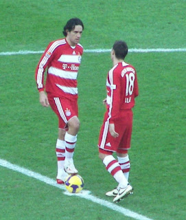 Toni (left) and his teammate Miroslav Klose  in the Bayern Munich team in 2007-08