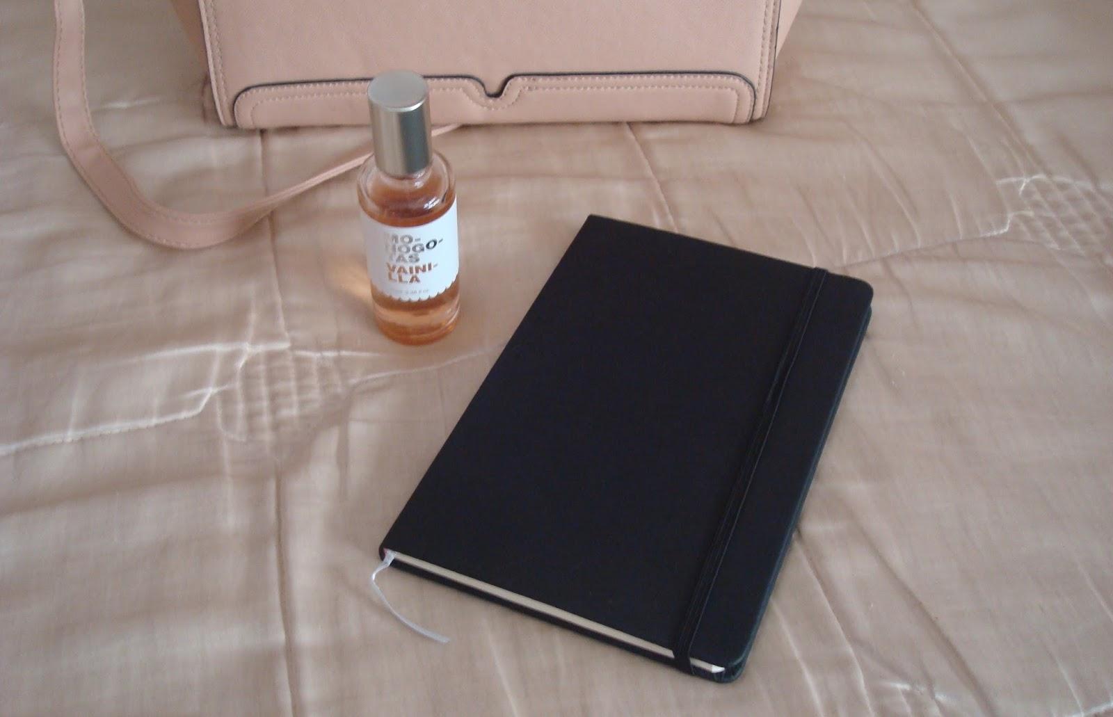 cuaderno negro