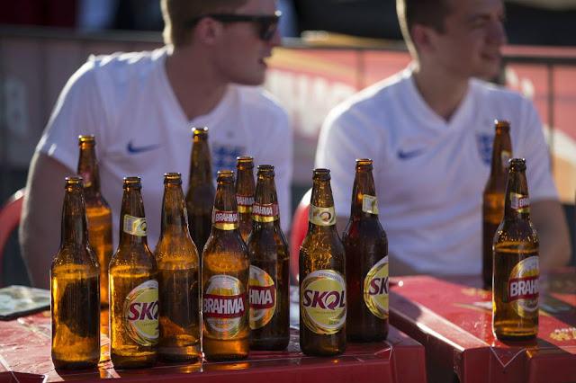 El alcohol enfrenta a la FIFA con Qatar