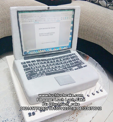 Kue Tart Bentuk Laptop 3d Carving Cake