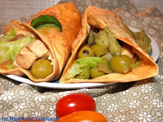 Pomidorowe tortille z zielonym farszem - CZYTAJ DALEJ