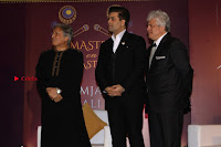 Karan Johar Release The Book Master On Masters By Ustad Amjad Ali Khan  0054.JPG