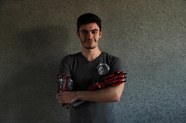 The 19-year-old man made robotic prosthetic arm using Lego pieces