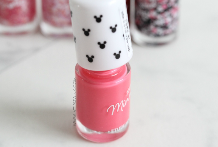 Etude House xoxo Minnie nail polish 02 - Bubble Pink
