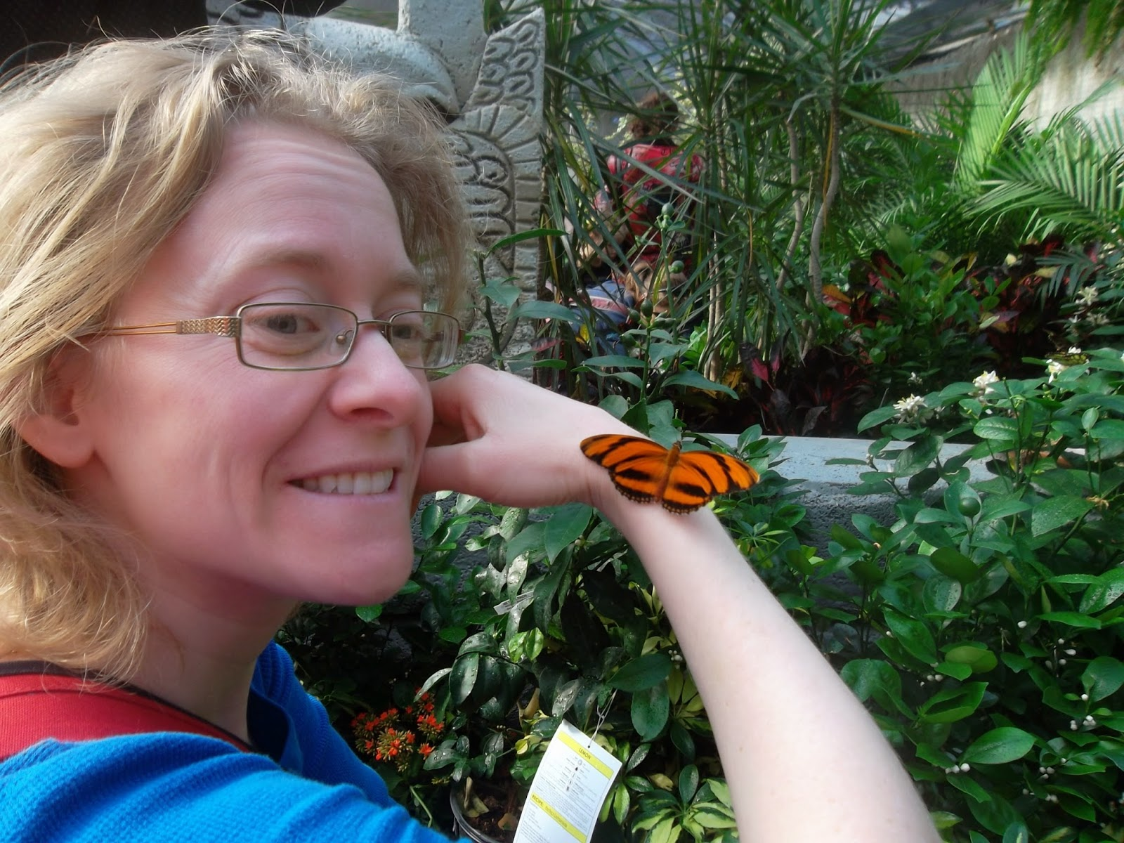 Roxanne Et Jeremy Visites Aux Papillons Du Jardin Hamel