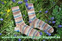 http://kunterbunter-vogel.blogspot.de/2015/05/socken-mal-fur-mich.html