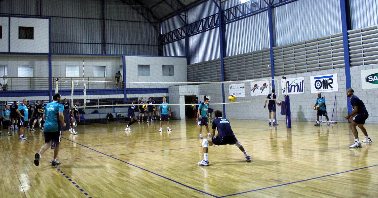 121bc1bd00 Os jogadores e a comissão técnica do Sada Cruzeiro retomaram os  treinamentos na segunda-feira
