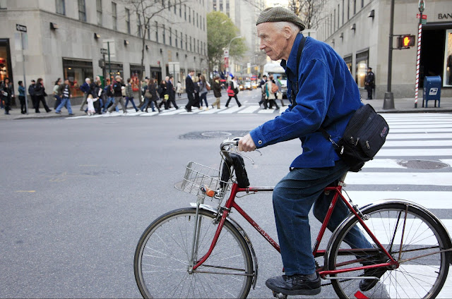 A Tribute to The Original Street Style Photographer, Bill Cunningham