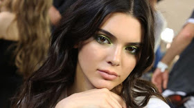Kendall Jenner fires her security guard after $200k worth of Jewelry is stolen from her home