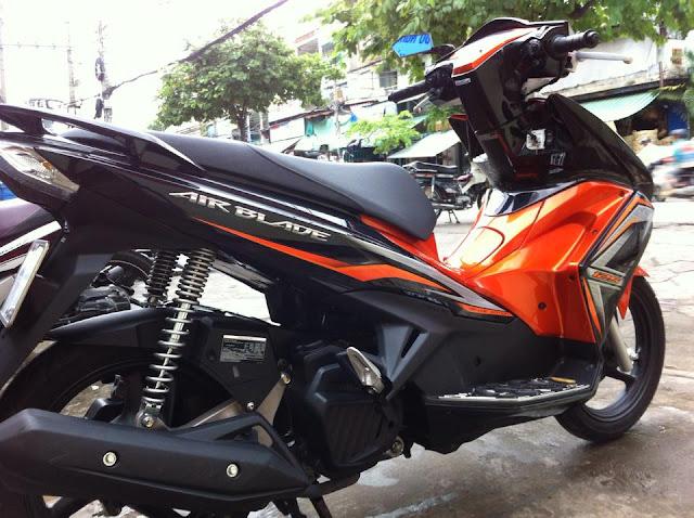 Sơn xe Airblade 125 màu cam đen