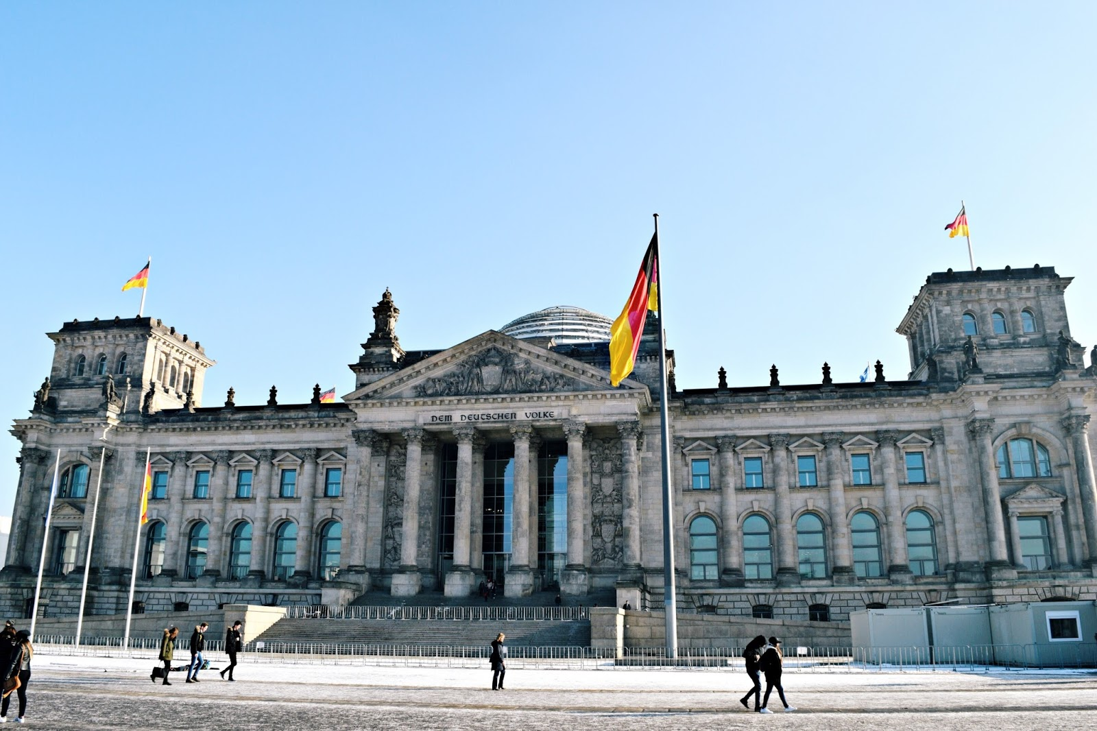 24 hours in berlin reichstag building
