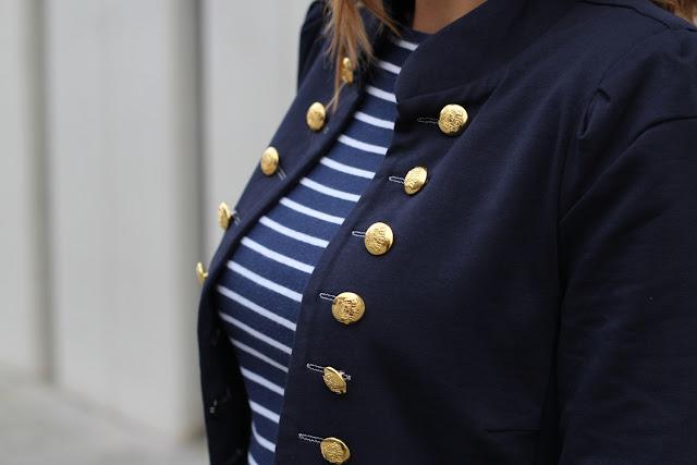 americana botones dorados