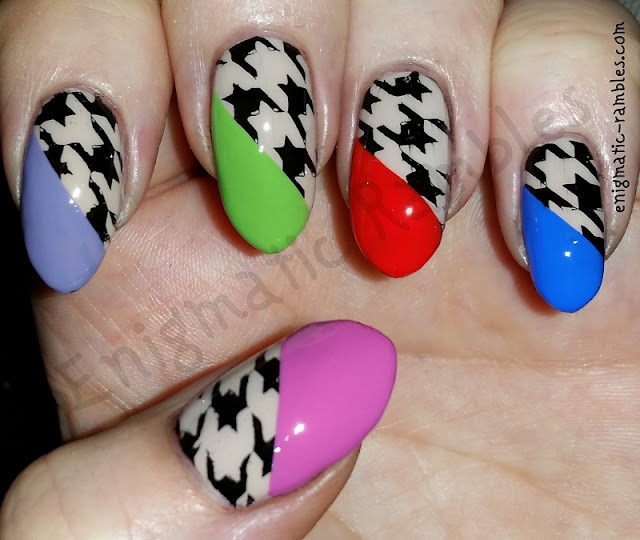 houndstooth-hounds-tooth-nails-nail-art
