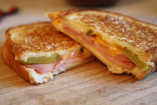 grilled ham sandwich, Cuban sandwiches