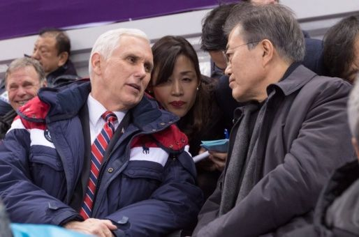 EE.UU. amenaza a Pyongyang pese acercamiento de Coreas
