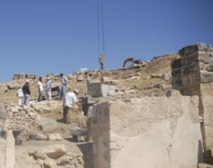 La tumba de Felipe durante excavaciones
