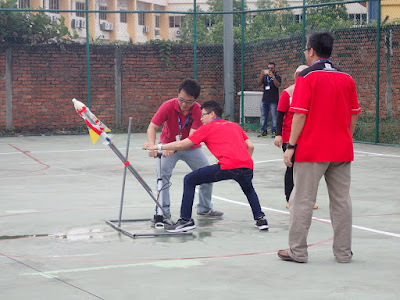 How far can this go? The team from University of Malaya launching their aircraft.