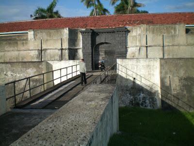 Wisata Bengkulu - Benteng Malborough
