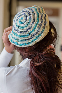 Crochet pattern for a beret, by April Garwood of Banana Moon Studio
