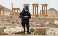 Un ejército de voluntarios 'online' resucita las ruinas de Mosul y Palmira
