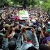 Ribuan Pelayat Antar Jenazah Santoso ke Liang Lahat