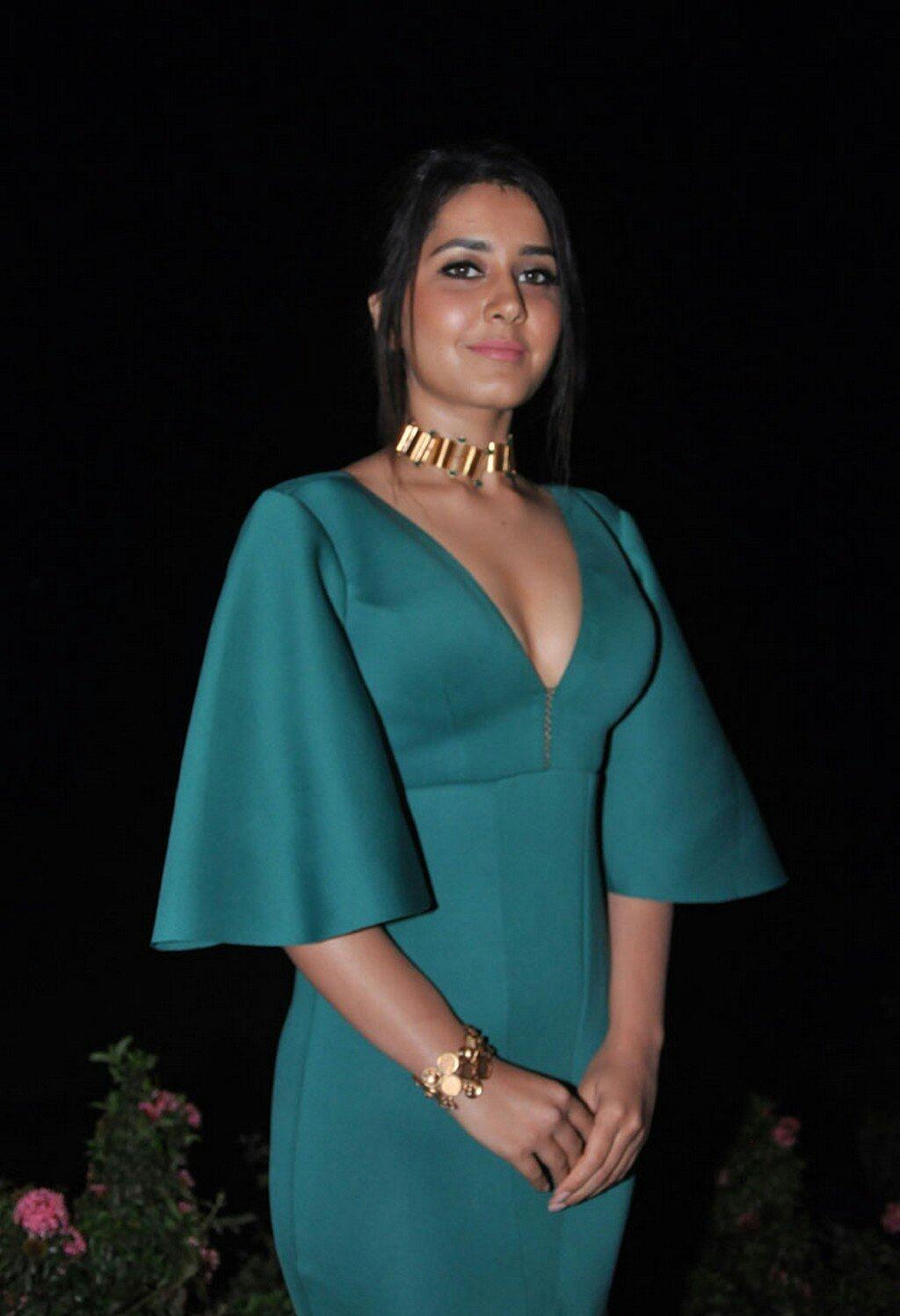 Rashi Khanna Sexy Deep Cleavage At Hyper Trailer Launch 1 1 - Rashi Khanna Sexiest Cleavage Pictures Collection-Hot HD Photos