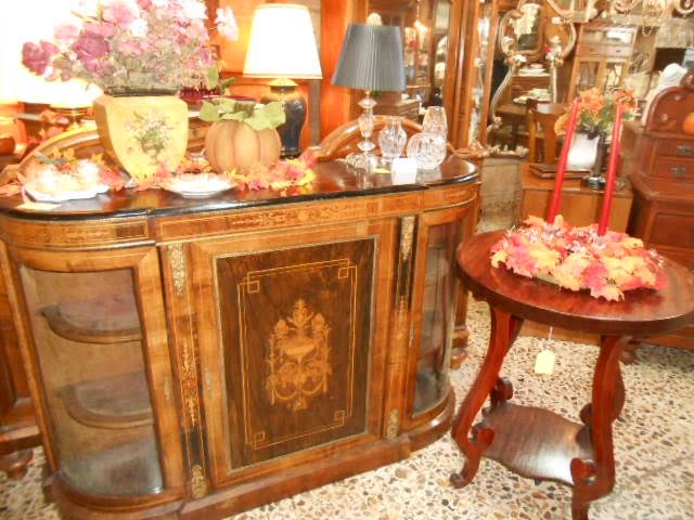 ... high-quality furniture, accessories, home decor, collectibles, art,  jewelry, and much more for every budget. Whether you're furnishing and  decorating ... - Albuquerque Antique Mile: The Shops Of The Antique Mile: Copper