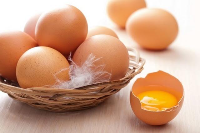Cách trị mụn trứng cá nhanh nhất tại nhà bằng lòng trắng trứng gà và chanh