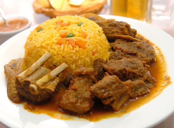 Cocina ecuatoriana ii for Como cocinar carne de chivo
