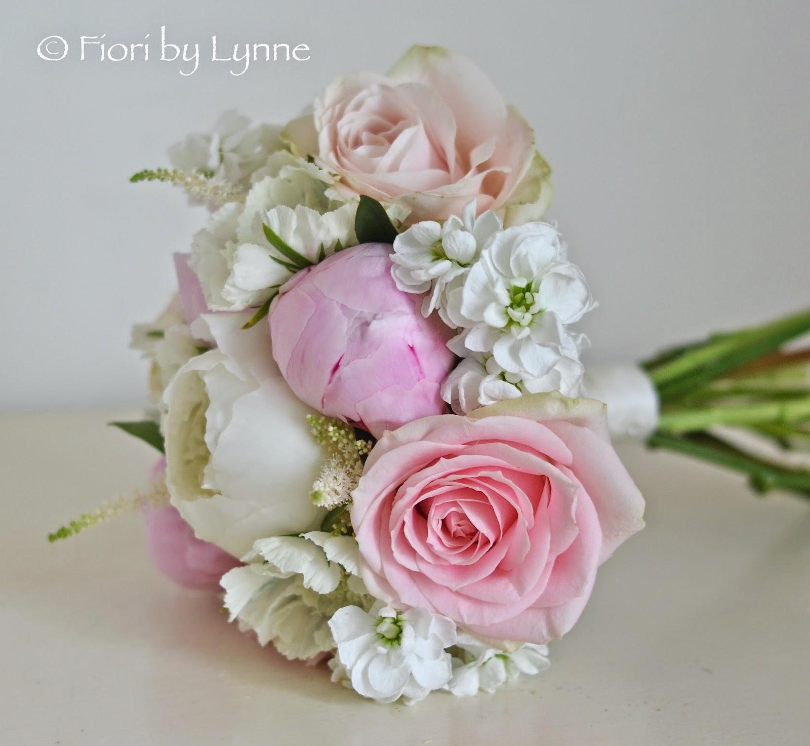 June Wedding Flowers: Wedding Flowers Blog: June 2014