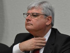 Janot recomenda ao STF perdão de pena para oito mensaleiros