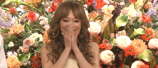 Ayu brings out the good weave for her first Bistro SMAP appearance in 11 years | randomjpop.blogspot.co.uk