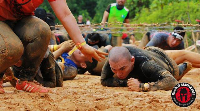 spartan race beast kl malaysia barbwire crawl