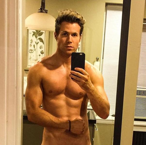 Smallville xxx nude pics