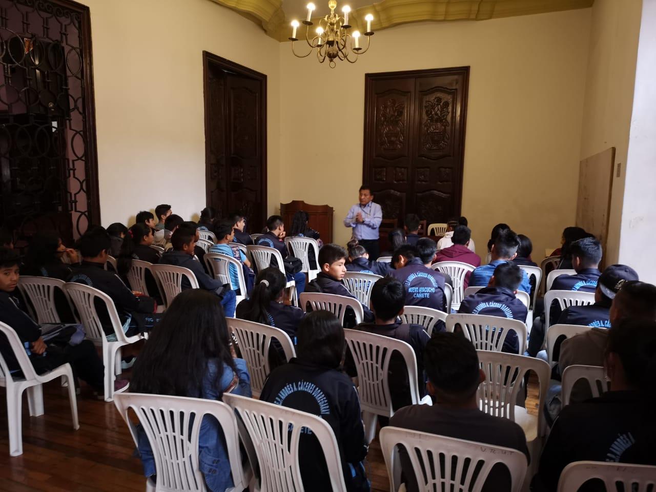 parlamento escolar capacitó a la institución educativa nuevo