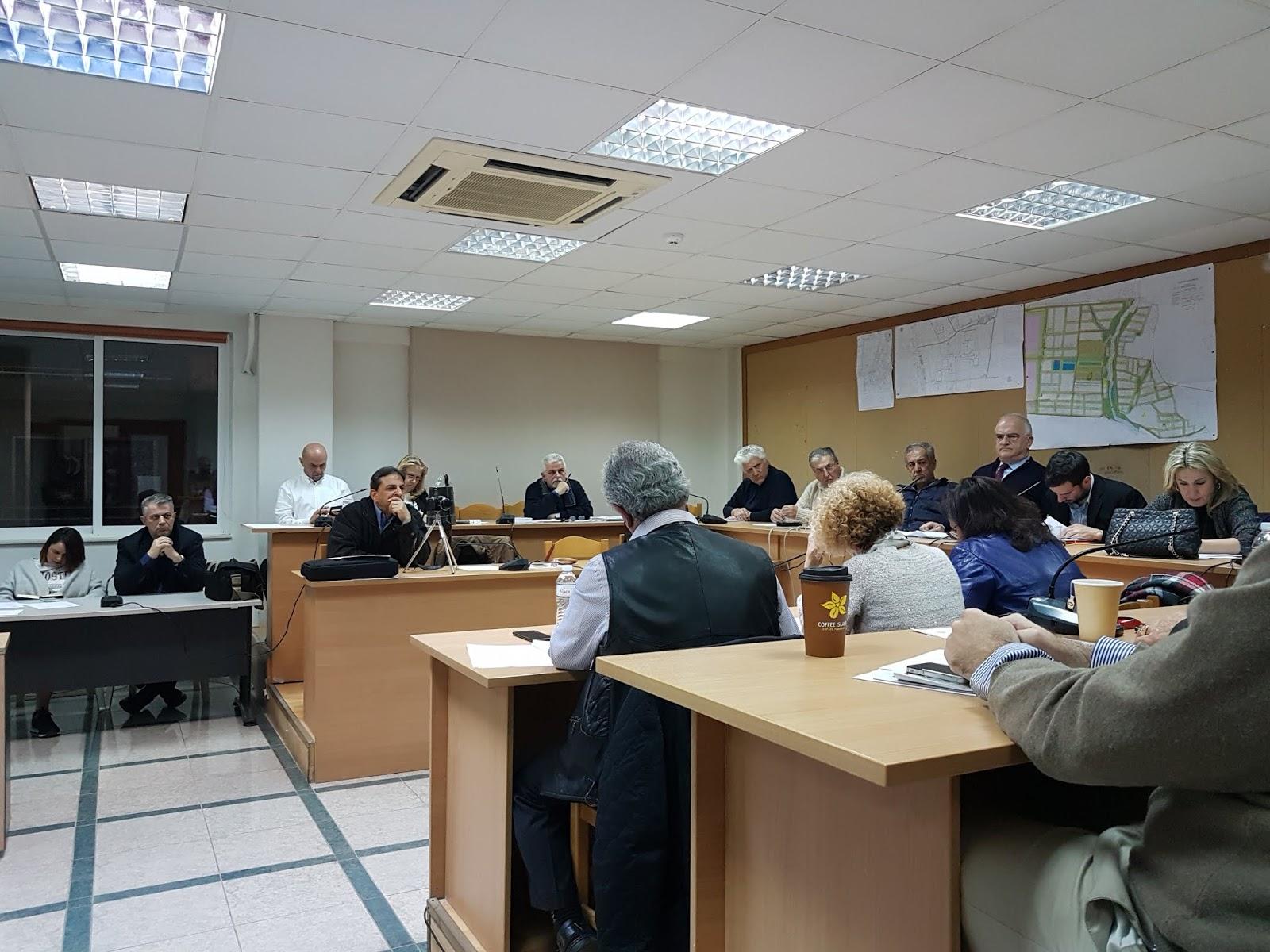 3464952701e Η ενημέρωση του Δήμαρχου Παλλήνης προς το Δημοτικό συμβούλιο για τις φήμες  περί φιλοξενίας προσφύγων