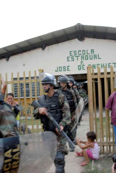 PF numa primeira incursão na área da Raposa/Serra do Sol em 2008, Foto Roosewelt Pinheiro-ABr.