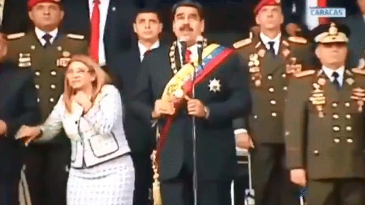 Maduro fue sorprendido por una explosión en pleno discurso frente a la GNB / CAPTURA PANTALLA