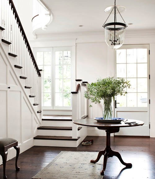 Foyer Decor: Margas: The Only Way Is Up: Pretty Staircases
