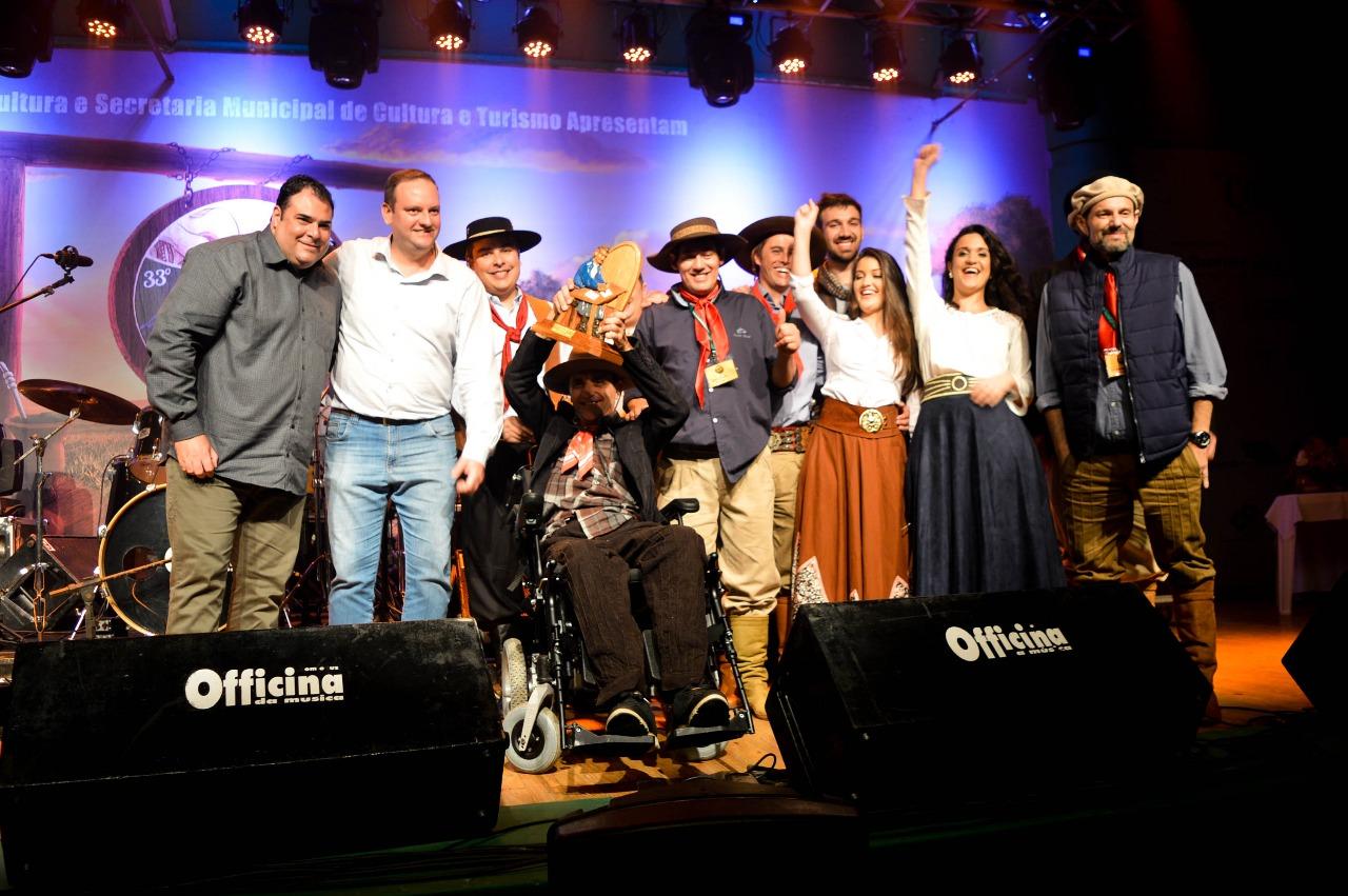 Foram conhecidos os primeiros finalistas do 33º Carijo da Canção Gaúcha