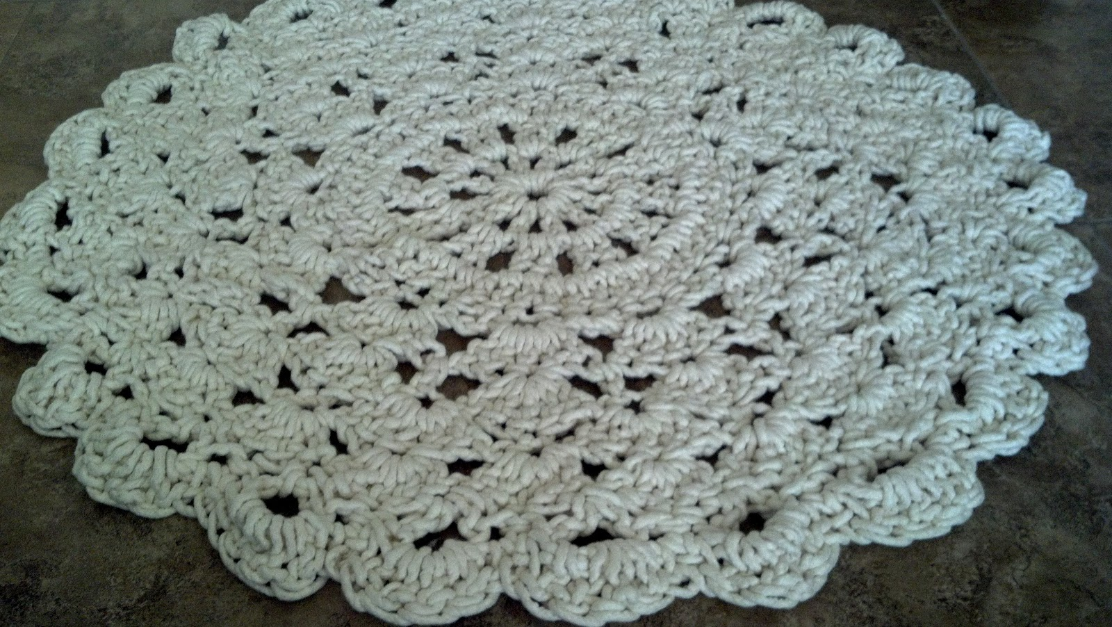 Flowers Creations Crochet Doily Rug Tutorial