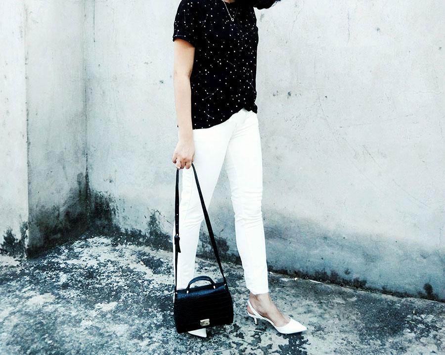Mango T-Shirt,Levi's White Denim, Zara Black Mini Bag,Zara White Slingback heels,styleblogger
