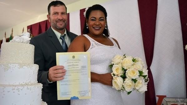 4º Casamento Comunitário de São Pedro da Aldeia é realizado na Zona Norte nesta sexta-feira (19/10)