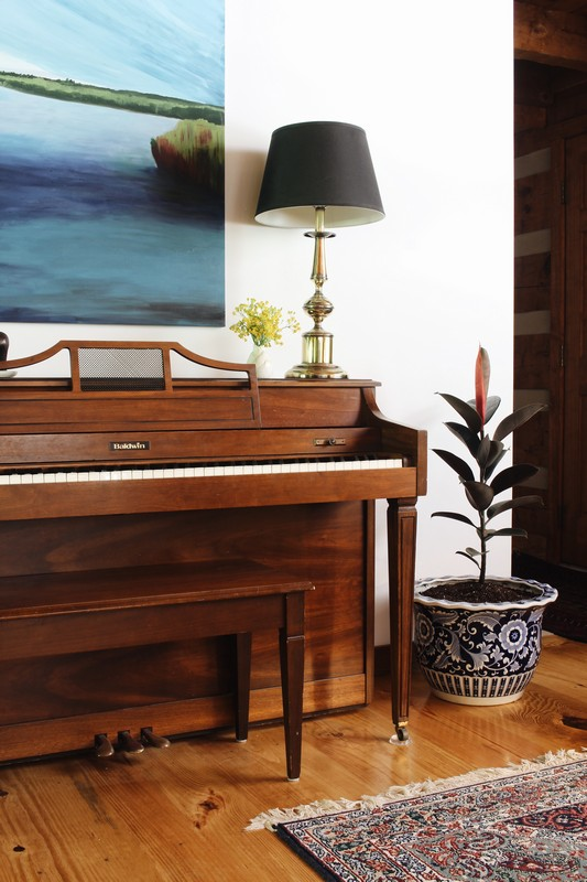 piano-styling-brass-lamp-black-shade-blue-art