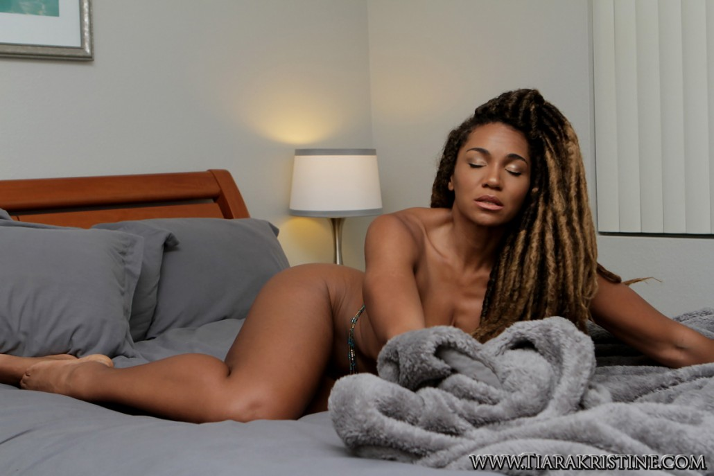Jordana brewster nude gallery
