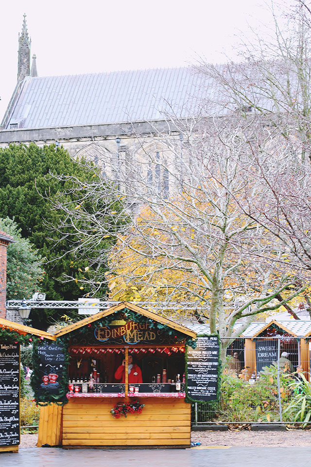 Christmas market Winchester Cathedral