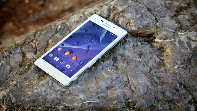 Sony Xperia M4 Aqua: waterproof LTE phone