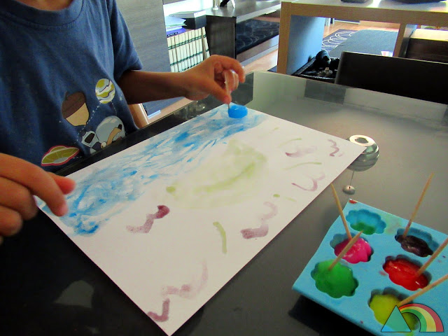 Pintando con hielo de colores