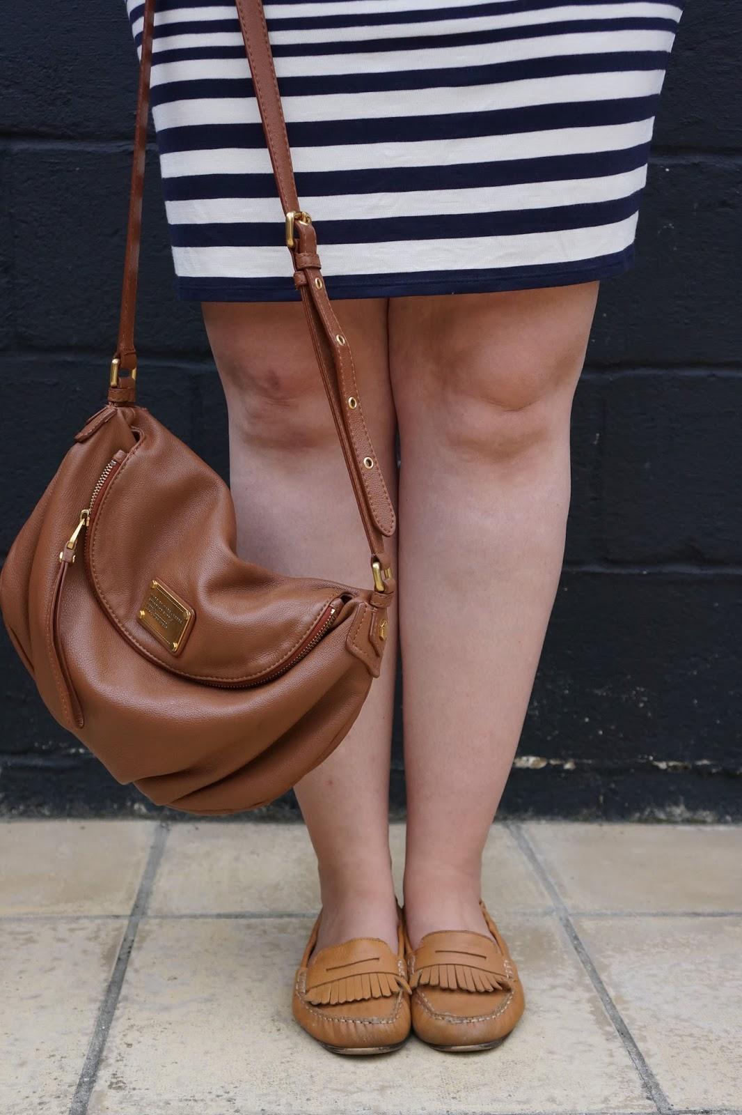tan coloured slouchy marc by marc jacobs bag and massimo dutti moccasins